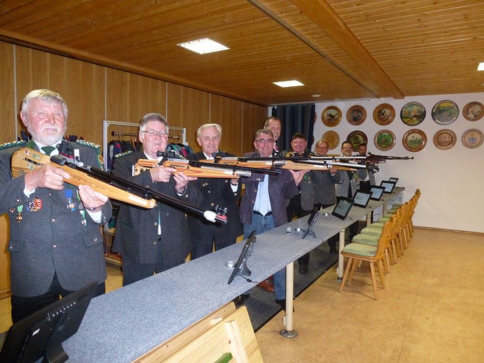 Eröffnungsschießen beim Schützenverein Tanzfleck